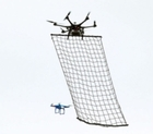 Drone capaz de interceptar outros